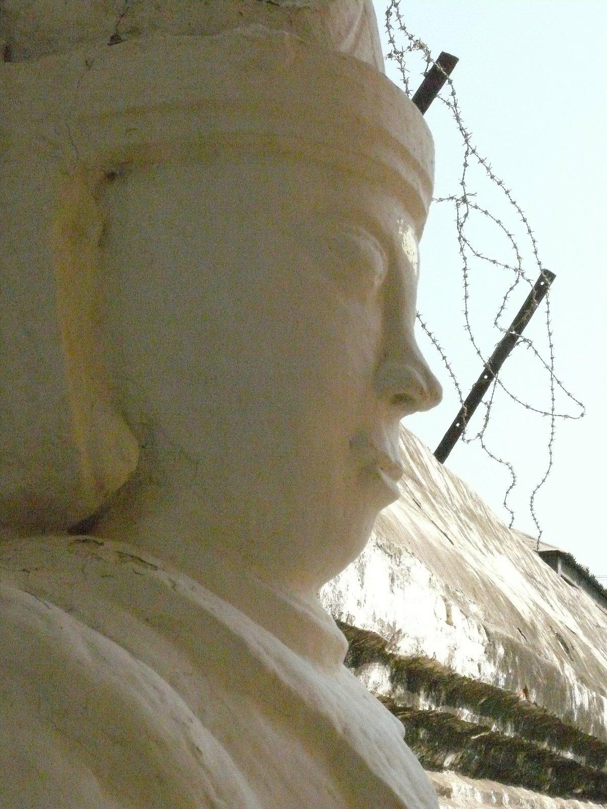 Barma - krása s pachutí bolesti, díl 1. NEPOVINNÁ HODINA HISTORIE
