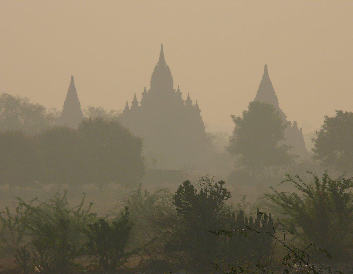 Barma - krása s pachutí bolesti, díl 3. TISÍC JEDNA PAGODA (…A FŮRA DALŠÍCH K TOMU)