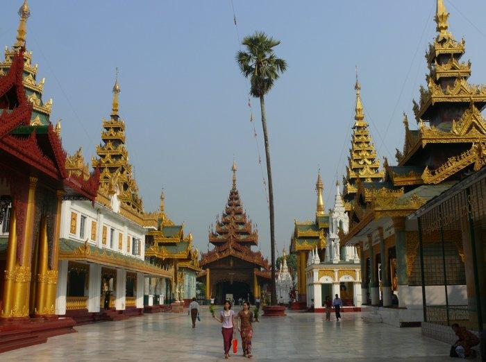 2)První barmské dny -H (Barma, Jaromír Červenka)