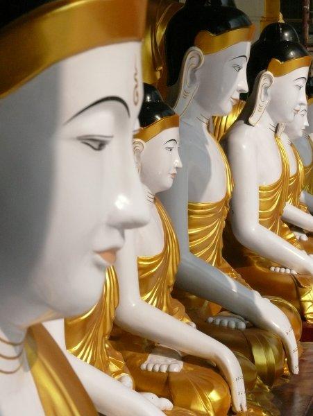 2)První barmské dny -G (Barma, Jaromír Červenka)