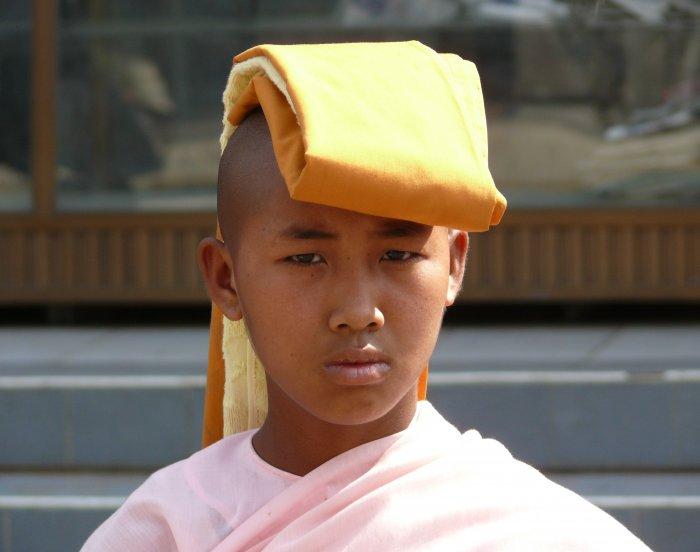 6)Mandalaj -G (Barma, Jaromír Červenka)