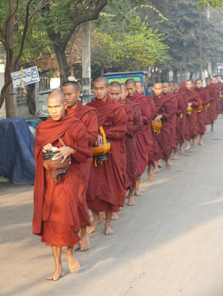 6)Mandalaj -H (Barma, Jaromír Červenka)