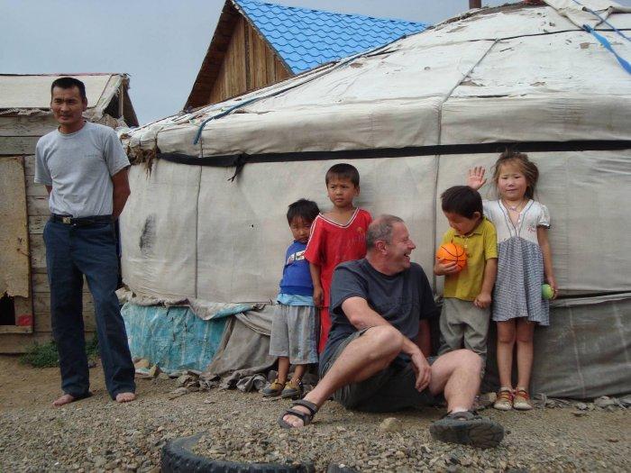 návštěva v jurtovišti, Ulánbátar (Mongolsko, Bc. et Bc. Petr Procházka)