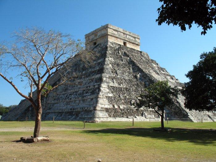 Kukulkánova pyramida, Chichen Itzá (Mexiko, Luděk Felcan)